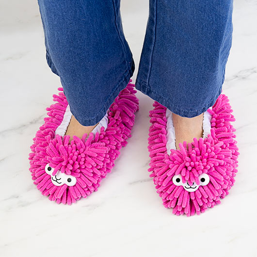 Lllama Cleaning Slippers
